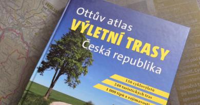 Nakoukněte do největšího turistického průvodce Ottův atlas výletní trasy Česká republika