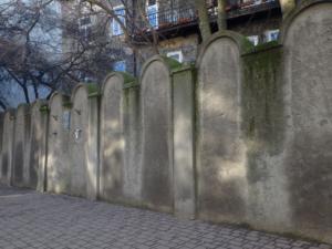 Zeď ghetta, Lwowská