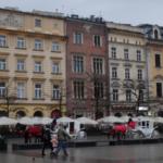Rynek Glowny a okolní historické domy