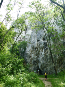 Skalní stěny Martinka a Obří kámen