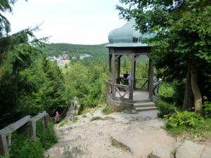 Vyhlídkový altán Cyrilka, pohled na Pustevny