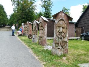 Dřevěné sochy na Pustevnách